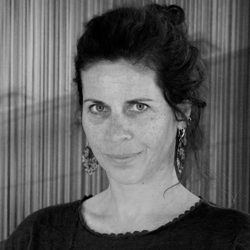 Dr. Annemiek Dols