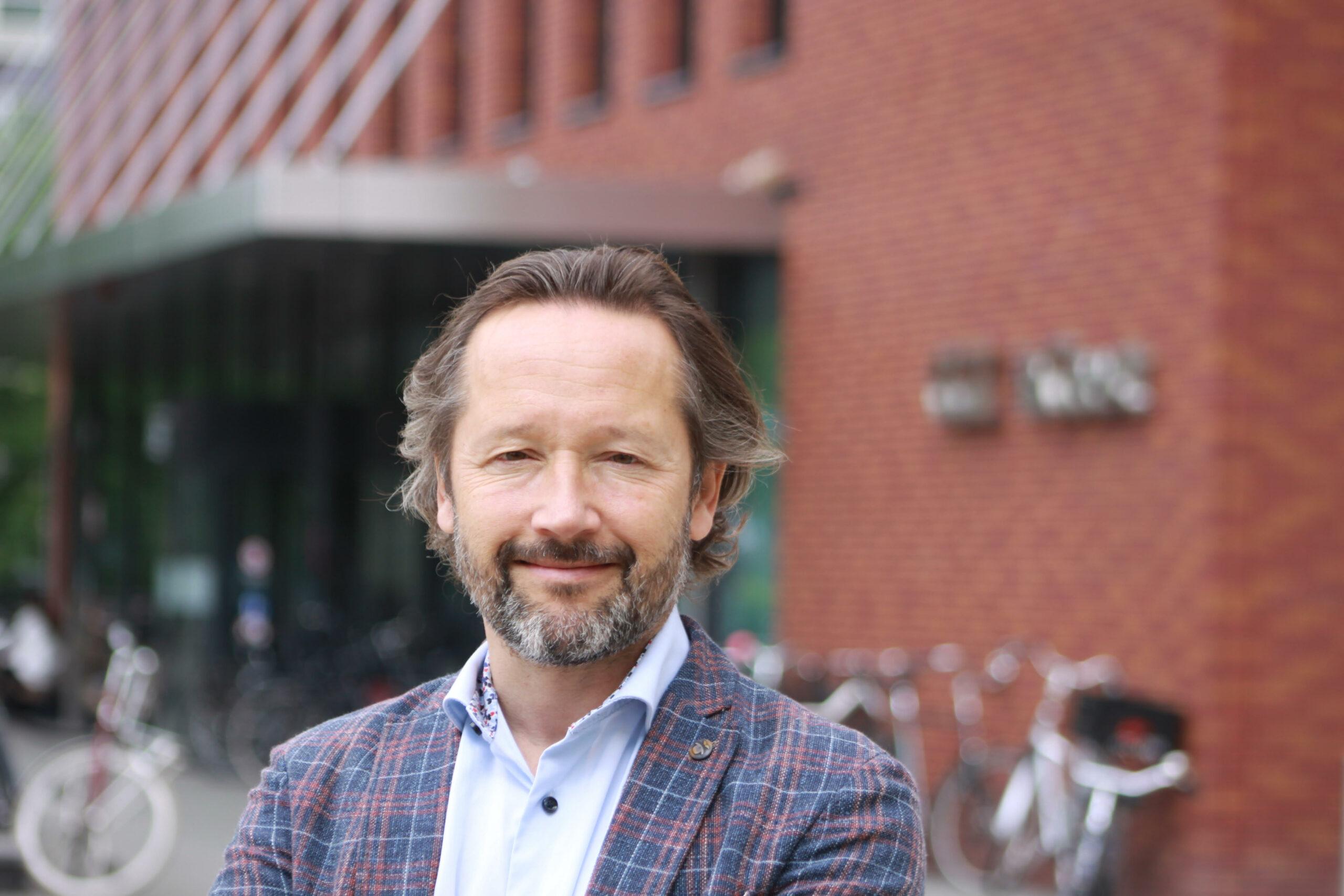 Drs. Marc van Heteren